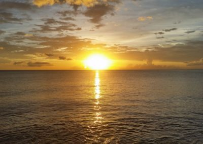 Activité mer, détente, joli couché de soleil
